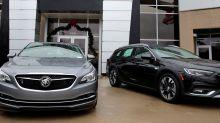 U.S. auto sales drop amid coronavirus pandemic