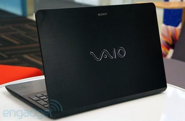 Sony VAIO Fit 15 review (2013): Sony's mainstream notebooks get a makeover