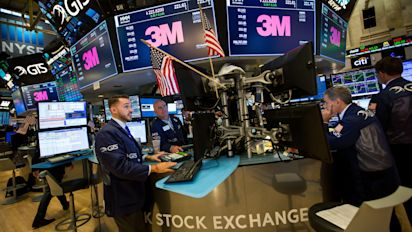 Dow sinks as 3M results disappoint