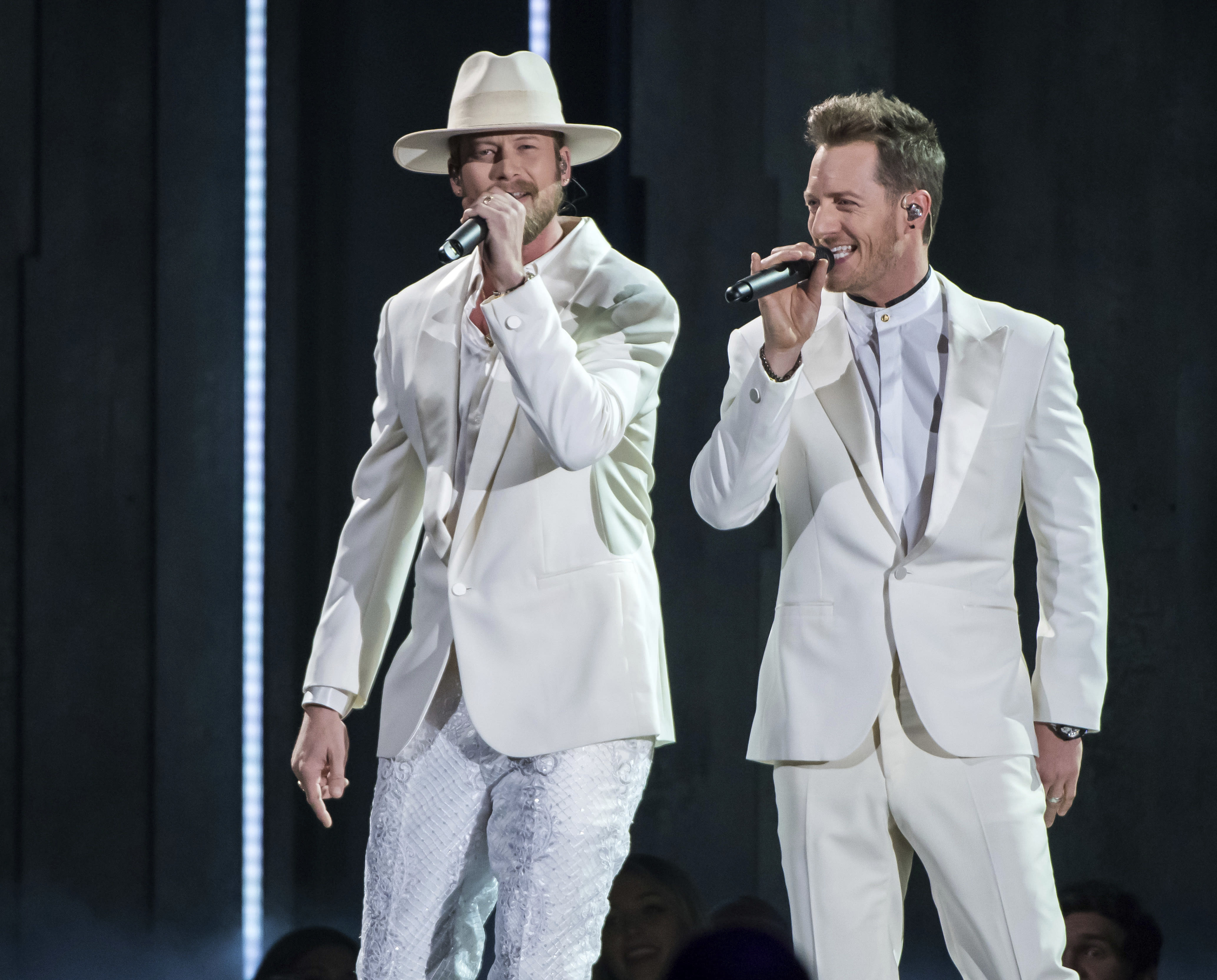 Positive COVID-19 test sidelines FGL's Tyler Hubbard at CMAs
