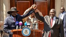 S.Sudan rebel leader Machar sworn in as vice president