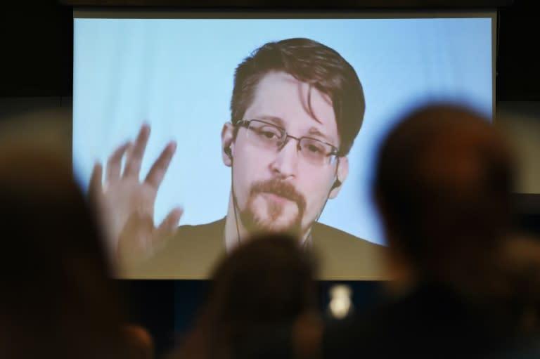 Edward Snowden calls on Emmanuel Macron to grant him asylum in France