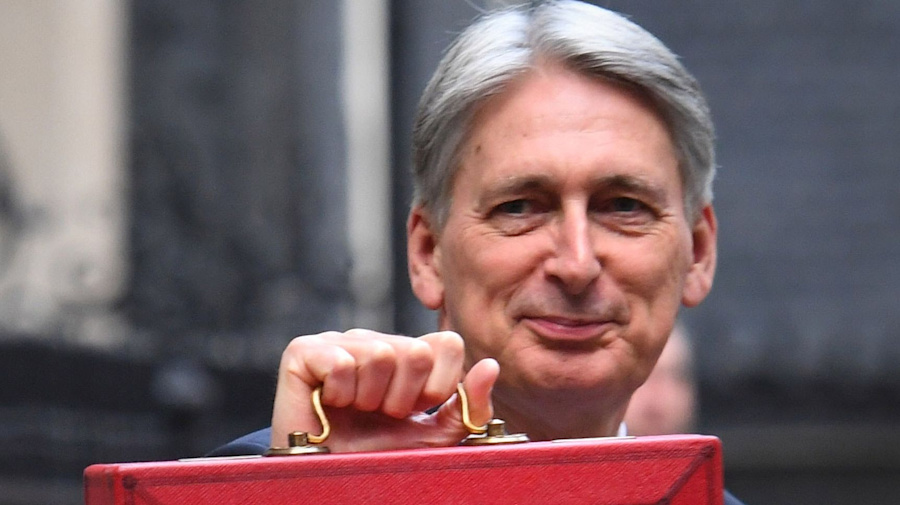 Hammond will quit if Johnson becomes PM