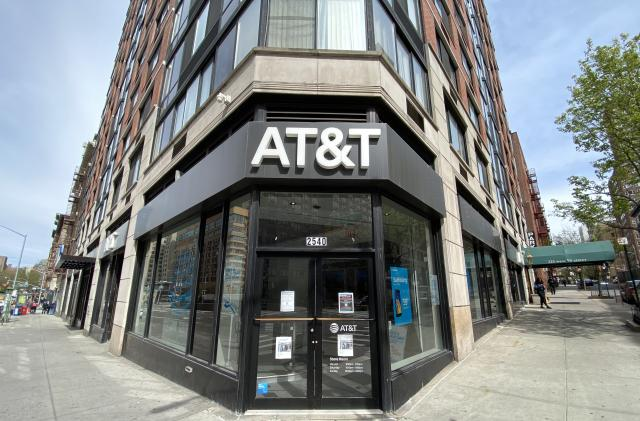 AT&T adds 5G to its legacy unlimited data plans