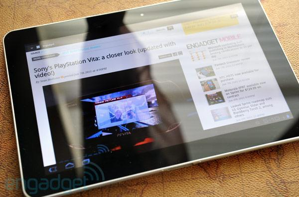 Samsung Galaxy Tab 10.1 experiencing shipping delays, unavailable at some outlets