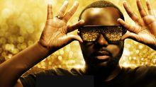 """Ce que dévoile le documentaire Netflix """"GIMS"""" sur la vie du rappeur star à lunettes"""