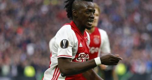 Foot - C3 - Vidéo : Bertrand Traoré s'offre un doublé et signe le quatrième but de l'Ajax contre l'OL