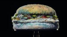 Burger King usa lanche mofado para divulgar Whopper mais 'natural'