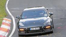 Porsche Panamera Turbo prototype spotted with aero bits