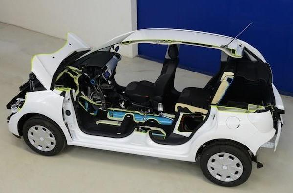 Peugeot promises fuel-saving Hybrid Air system in cars by 2016