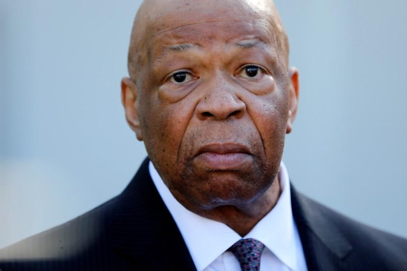 Elijah Cummings lies in state at U.S. Capitol