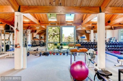 The fitness room at the Ripken mansion is well stocked. (Zillow)