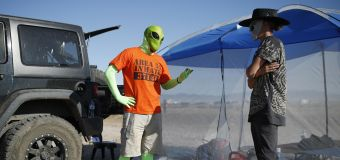 Military unit apologizes to alien enthusiasts