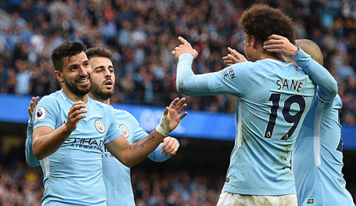Premier League: Guardiolas Start in seine zweite Saison als City-Trainer: Schützenfeste in Serie