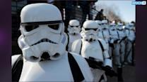 Star Wars Episode VII Has Stormtroopers, Thumbs Up From Kevin Smith