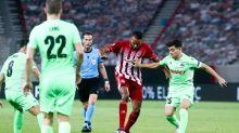 El uruguayo De Pena acerca al Dinamo de Kiev a la fase de grupos