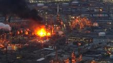 PES won't close fire-damaged oil refinery until late August