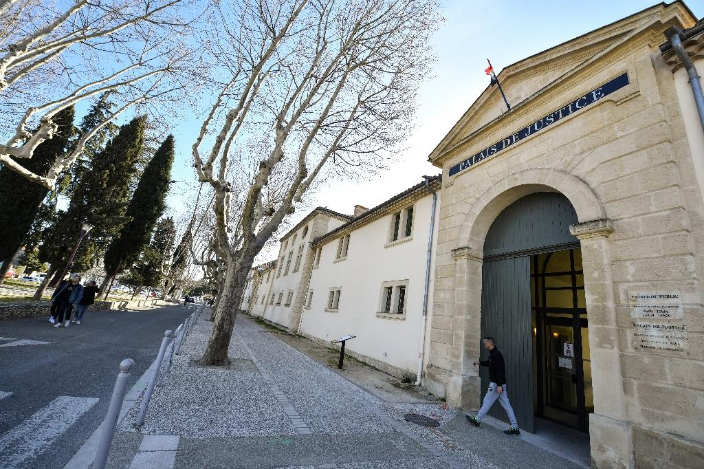 The guards 'had left the van to ring the doorbell to the courthouse when the armed men fell upon them,' said prison guard union representative Nicolas Burtz (AFP Photo/GERARD JULIEN)