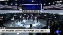 Oleada de críticas por la imagen de dos mujeres pasando la mopa minutos antes del debate electoral en TVE
