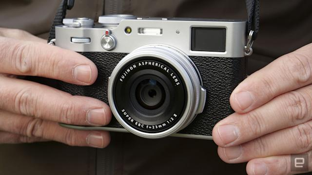 Fujifilm's X100V now warns you if the camera is overheating