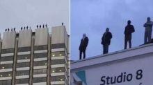 Arte que impacta: 84 esculturas se suicidan en Londres
