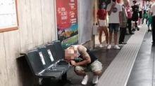 Sorpreso ad assumere droga alla banchina della metropolitana, lo scatto sui social