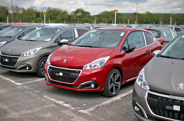 Car makers used software to raise spare parts prices