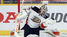 Ducks' John Gibson leaves Game 5 with lower-body injury