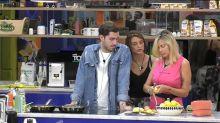 Le due concorrenti hanno discusso a tavola durante il pranzo