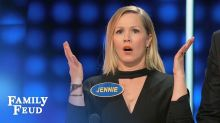 'Celebrity Family Feud' sneak peek: Jennie Garth's daughter renders Steve Harvey speechless