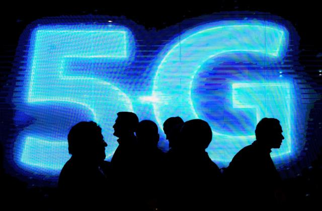 'Hovering' antennas promise speedy 5G phone networks