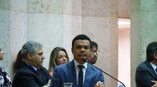 Justiça penhora Hilux de Ciro Gomes para indenizar Fernando Holiday