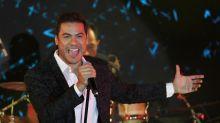 Carlos Rivera, el único cantante que tiene una expo sobre él mismo