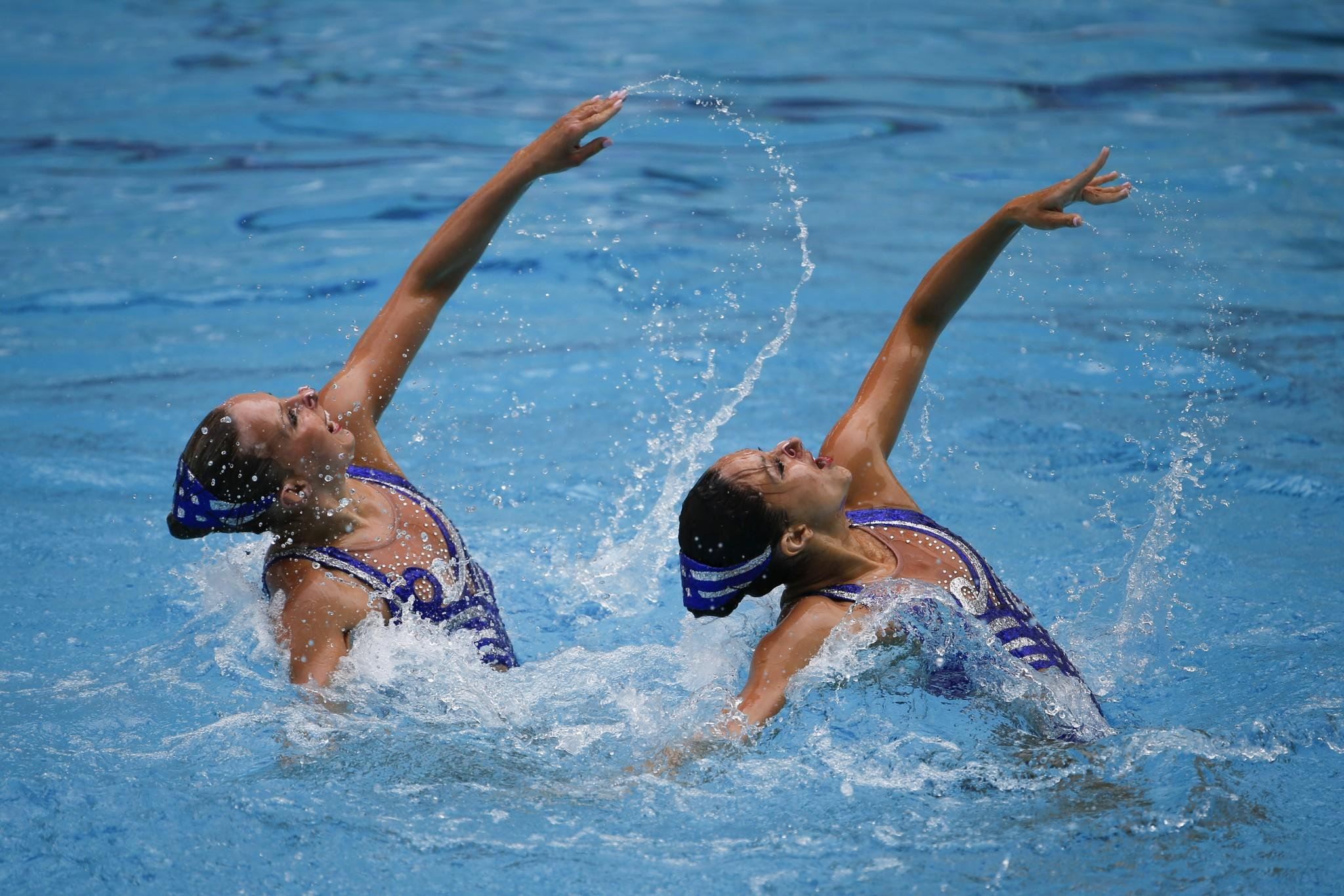 Why synchronized swimmers are at great risk for concussions (really)