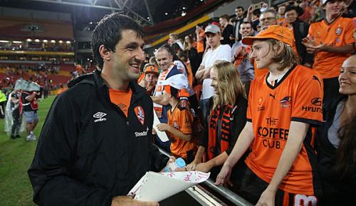 International: Broich im letzten Heimspiel von Brisbane-Fans gefeiert