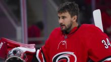 Central-leading Hurricanes visit Predators, seek to clinch division