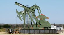 As shale wells grow longer, buyouts attract hemmed in oil producers