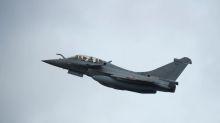 Quiet please: French jet's sonic boom shakes Paris, disrupts tennis