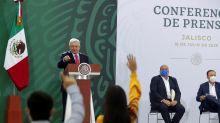 López Obrador dice que juicio a exjefe de Pemex ayudará a limpiar corrupción