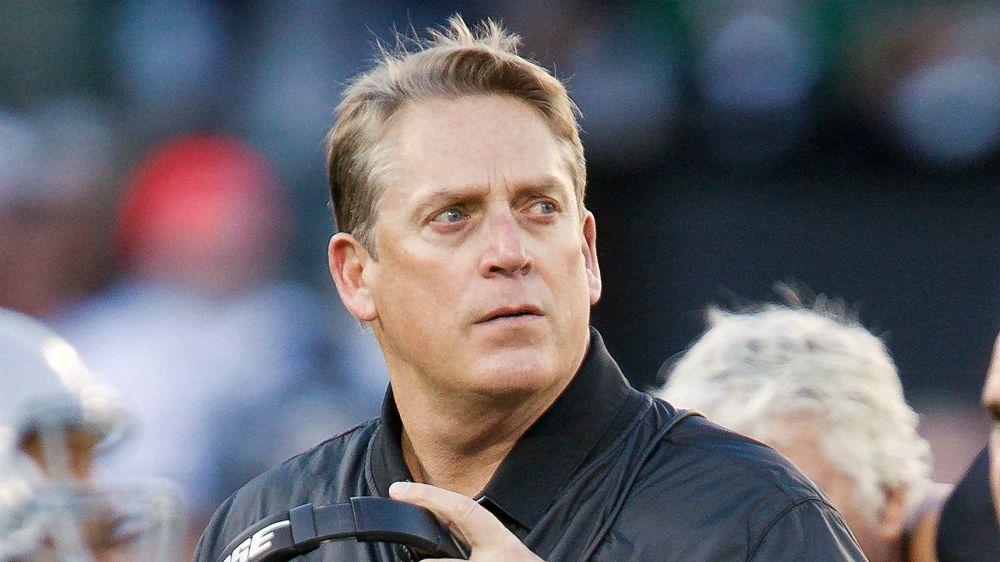 Raiders coach Jack Del Rio somewhat defends CB Sean Smith