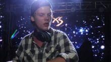 Mort du DJ Avicii à 28 ans : Retour sur ses plus grands tubes (vidéo)