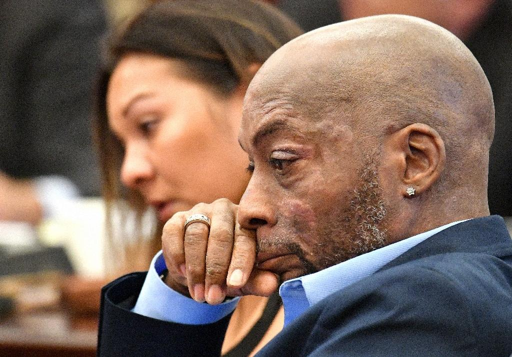 Plaintiff Dewayne Johnson listens as his attorney speaks about his condition during the Monsanto trial in San Francisco, California (AFP Photo/JOSH EDELSON)