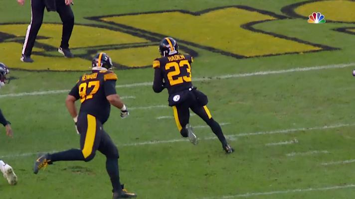 Can't-Miss Play: Joe Haden jumps RGIII's pass for pick-six