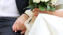 """""""On a pu enlever nos masques, faire nos photos"""" : en petit comité, les mariés peuvent à nouveau célébrer leur union"""