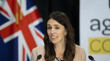 Reação ao vivo de premiê neozelandesa a terremoto viraliza nas redes sociais