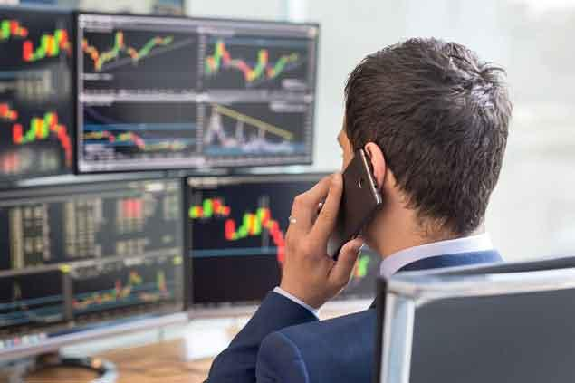 Is Vanguard Total Stock Market Index Administrative (VTSAX) a Strong Mutual Fund Pick Right Now?