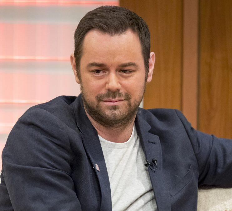 Viral News Danny: Danny Dyer Pictured Moving Out Of Family Home Amid Split