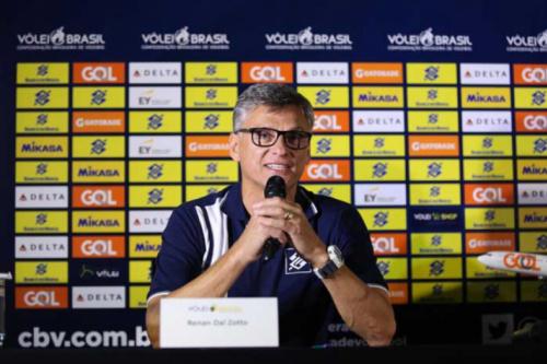 Renan chama base olímpica para a Liga Mundial: 'Levaremos o melhor'