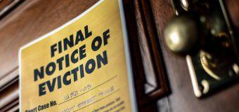 Progressives urge Biden, CDC to act on eviction ban
