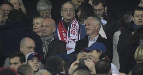 Foot - C.Conf - Didier Deschamps en tribunes pour la finale de la Coupe des Confédérations